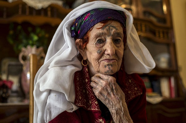красивые груди берберских женщин